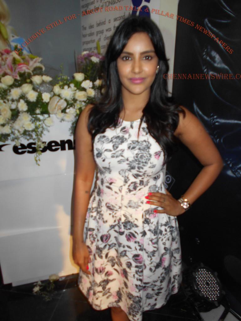 Priya-anand-Cute